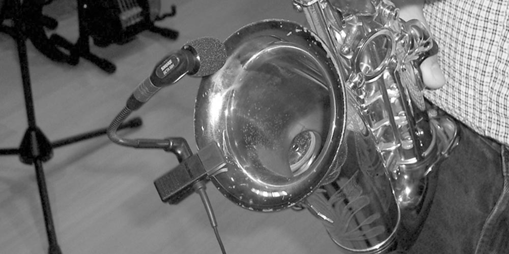 Choosing a Saxophone Microphone for Recording and Live Sound