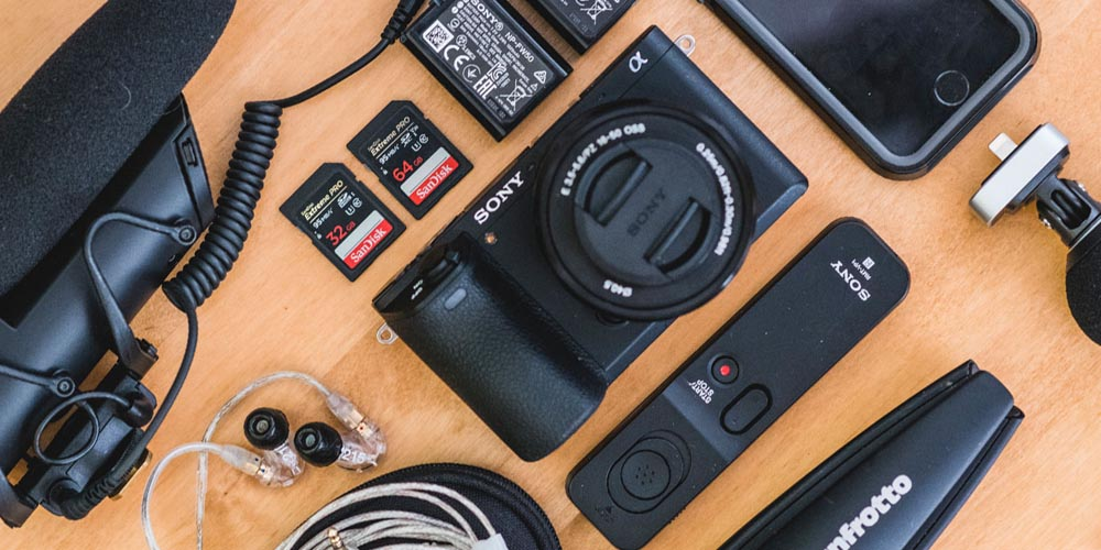 Going Vlog Wild with Photographer Tom Mason
