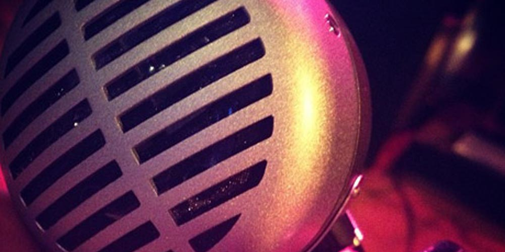 """How the """"Green Bullet"""" Became the Definitive Blues Harp Mic"""