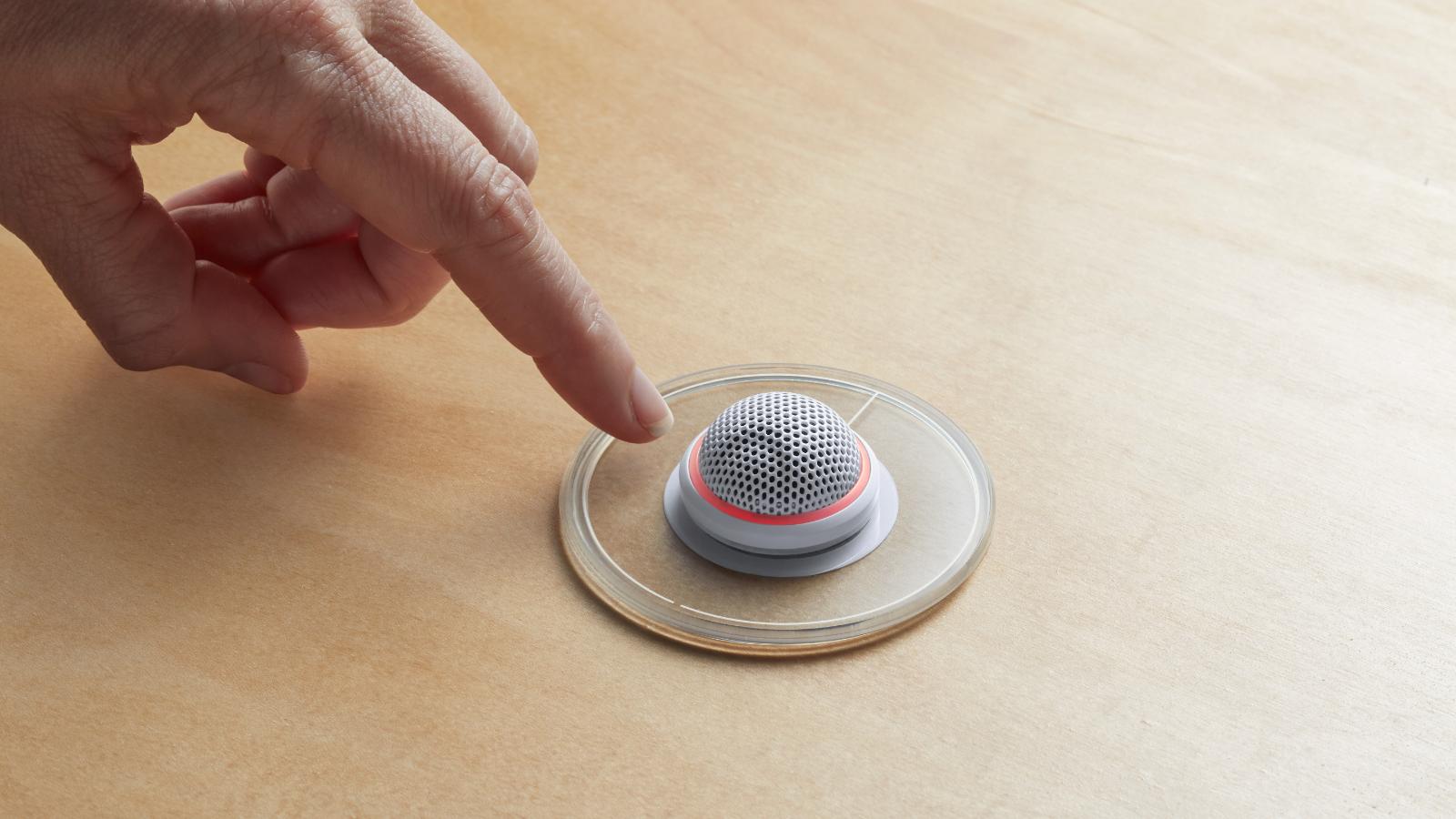 Cómo agregar la capacidad Touch Mute a los Micrófonos Microflex de Perfil Bajo