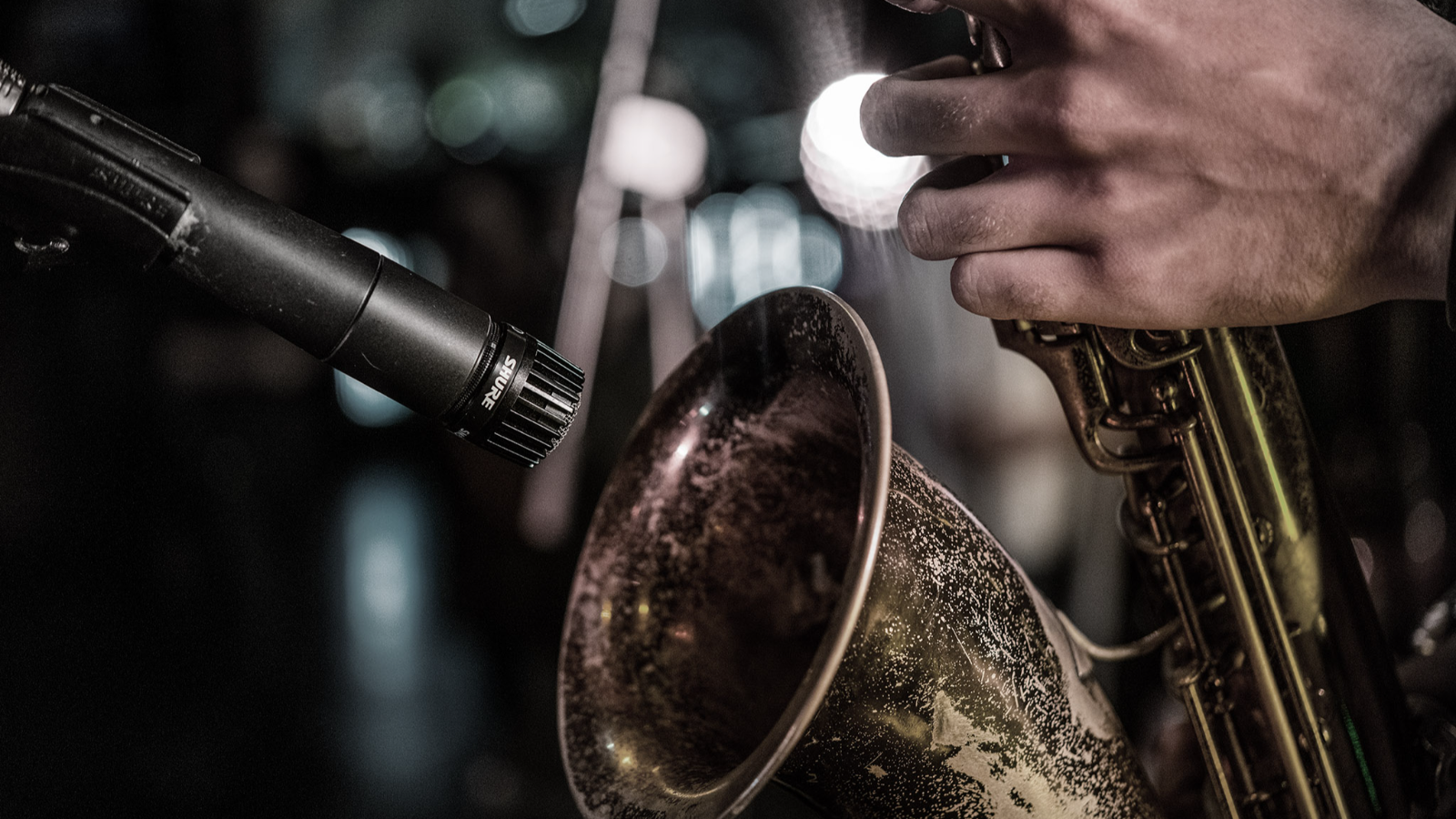 How to Choose the Best Mics for Brass, Wind, and String Instruments