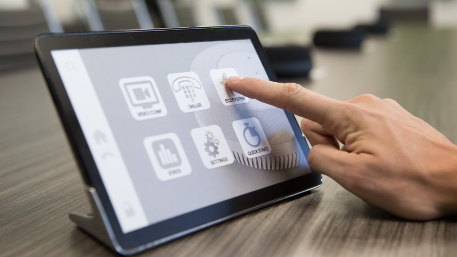 Stem Control: cuándo lo necesitas y por qué deberías instalarlo en tu sala de reuniones