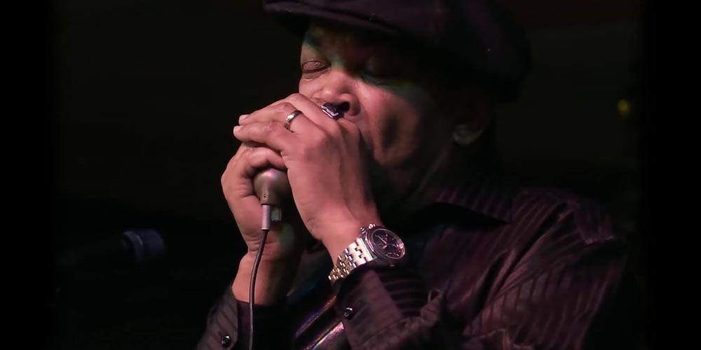 Stories from the Archives: The Green Bullet Harmonica Microphone Video