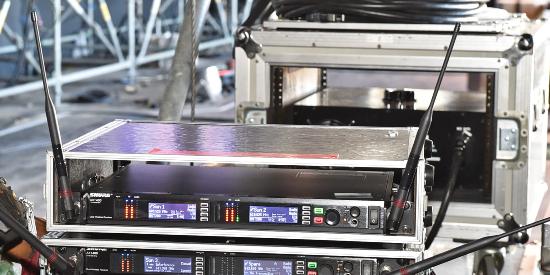 RISING SUN ROCK FESTIVAL 2014 in EZO でShureのAXTが活躍