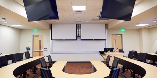 Santa Clara University Refreshes Graduate School of Business Classrooms with Shure Microflex® Advance™