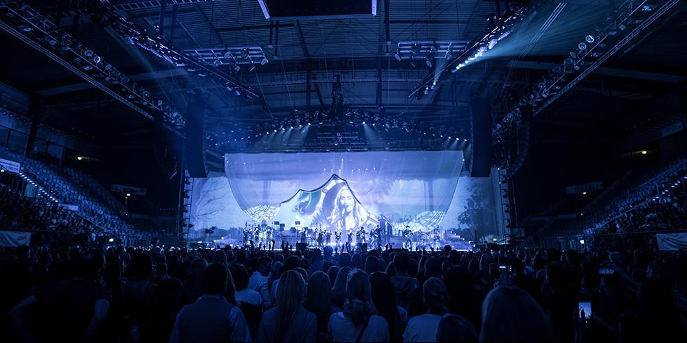 Sarah Connor tourt mit Shure Axient Digital und den neuen ADX-Sendern