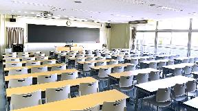 【大学】 成城大学様   高音質で安定したワイヤレス環境を低コストで実現 デジタル・ワイヤレス・システムSLX-D