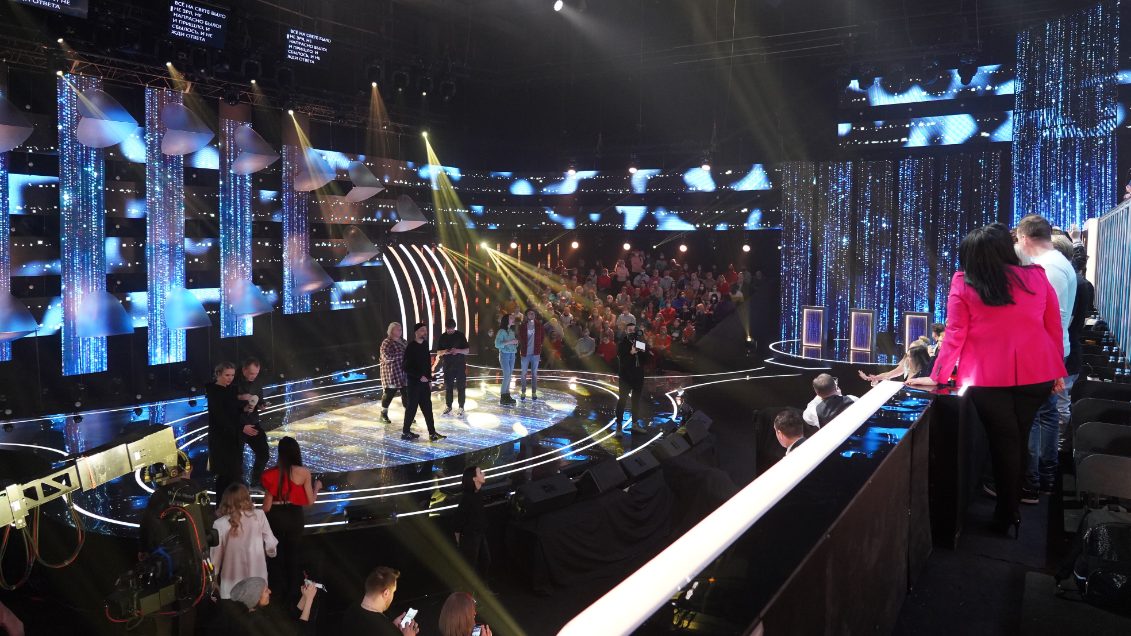 """Shure Axient Digital delivers consistent sound in the challenging environment of the """"All together now"""" TV-show."""