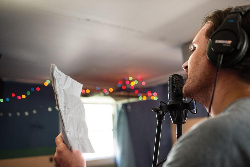 PG Alta Singing Microphone