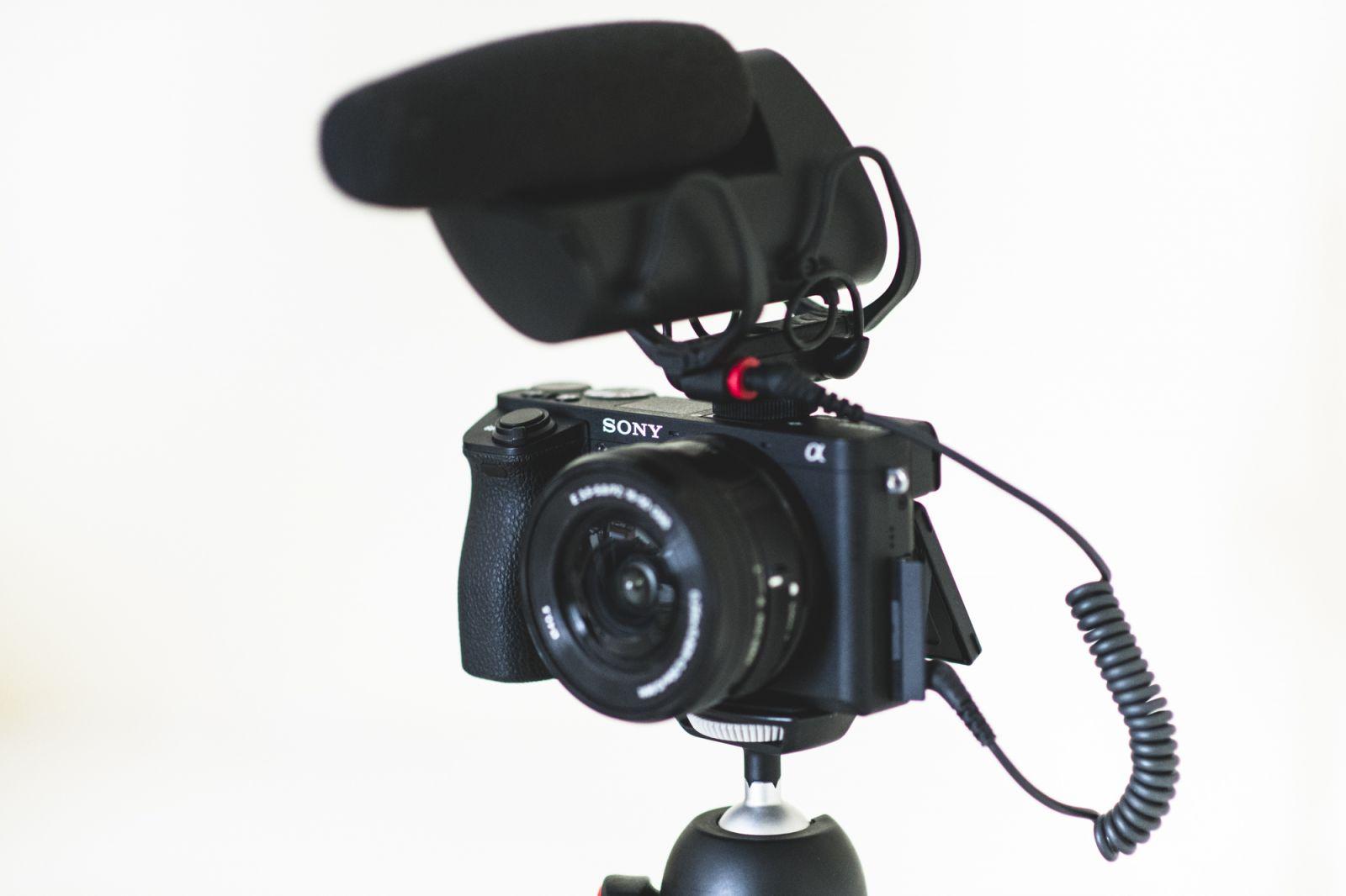 Vlogging Rig with VP83 Camera Mic